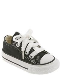 Zapatillas en negro y blanco de Converse