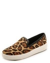 Zapatillas slip-on de ante de leopardo marrón claro de Sam Edelman