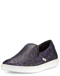 Zapatillas slip-on de cuero de leopardo morado oscuro de Jimmy Choo