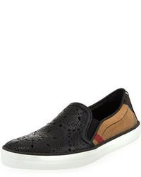 Zapatillas slip-on negras de Burberry