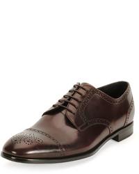 Zapatos brogue de cuero en marrón oscuro de Giorgio Armani