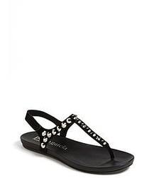 Zapatos con adornos