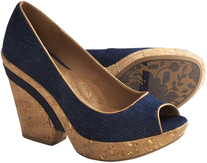 Zapatos con Cuña Azul Marino de Sofft  dónde comprar y cómo combinar 74b35f40c952