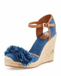 Zapatos con cuña azules de Tory Burch