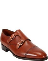 Zapatos con doble hebilla de cuero en tabaco