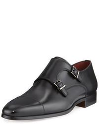 Zapatos con doble hebilla de cuero negros de Magnanni