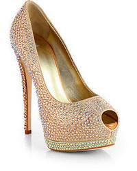 Zapatos de tacón con adornos