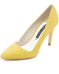 Zapatos de tacón de ante amarillos de Alice + Olivia