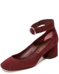 Zapatos de tacón de ante burdeos de Marc Jacobs