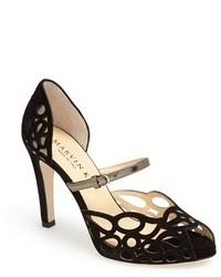 Zapatos de tacón de ante con recorte negros