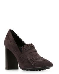 Zapatos de tacón de ante en marrón oscuro de Tod's