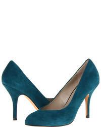 Zapatos de tacón de ante en verde azulado