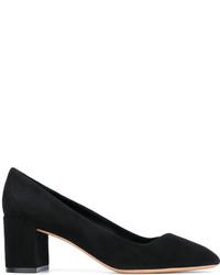 Zapatos de tacón de ante negros de Salvatore Ferragamo