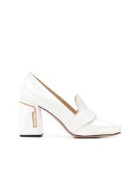 Zapatos de tacón de cuero blancos de Prada