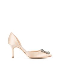 Zapatos de tacón de cuero con adornos en beige de Manolo Blahnik