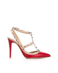 Zapatos de tacón de cuero con adornos rojos de Valentino