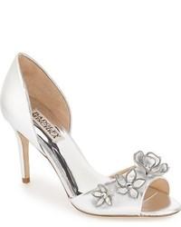Zapatos de tacón de cuero con print de flores plateados