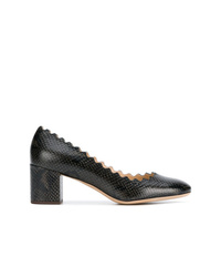 Zapatos de tacón de cuero con print de serpiente en gris oscuro de Chloé