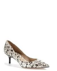 Zapatos de tacón de cuero con print de serpiente grises de Michael Kors
