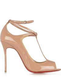 Zapatos de tacón de cuero en beige de Christian Louboutin