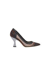 Zapatos de tacón de cuero en marrón oscuro de Fendi