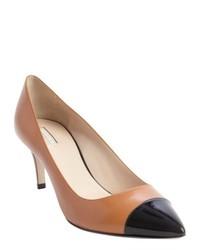 Zapatos de tacón de cuero en negro y marrón claro