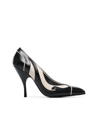 Zapatos de tacón de cuero estampados en negro y blanco de Bottega Veneta