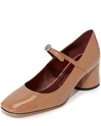 Zapatos de tacón de cuero marrón claro de Marc Jacobs
