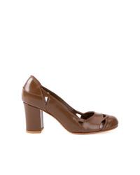 Zapatos de tacón de cuero marrónes de Sarah Chofakian