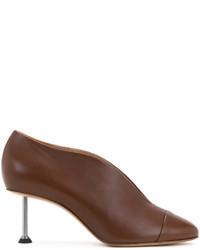 Zapatos de tacón de cuero marrónes de Victoria Beckham