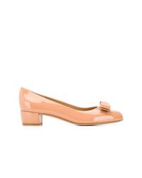 Zapatos de tacón de cuero naranjas de Salvatore Ferragamo