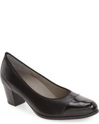 Zapatos de Tacón de Cuero Negros de ara