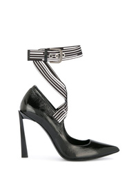 Zapatos de tacón de cuero negros de Lanvin