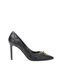 Zapatos de tacón de cuero negros de Versace