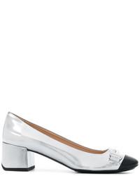 Zapatos de tacón de cuero plateados de Tod's