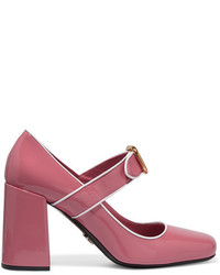 Zapatos de tacón de cuero rosa de Prada