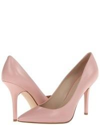 Zapatos de tacón de cuero rosados