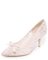Zapatos de tacón de encaje rosados de Kate Spade