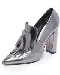 Zapatos de tacón plateados de Alice + Olivia