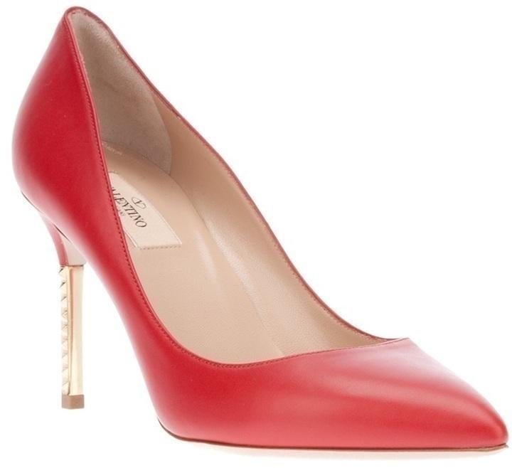 Zapatos de tacón rojos de Valentino Garavani
