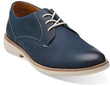 e49c496d63f91 ... Zapatos derby de cuero azules de Clarks ...