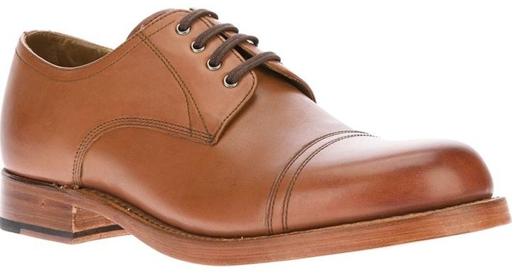 Zapatos derby de cuero marrón claro de Grenson