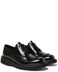 Zapatos derby de cuero сon flecos negros