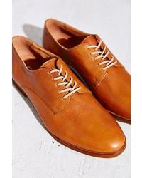 Zapatos oxford de cuero en tabaco